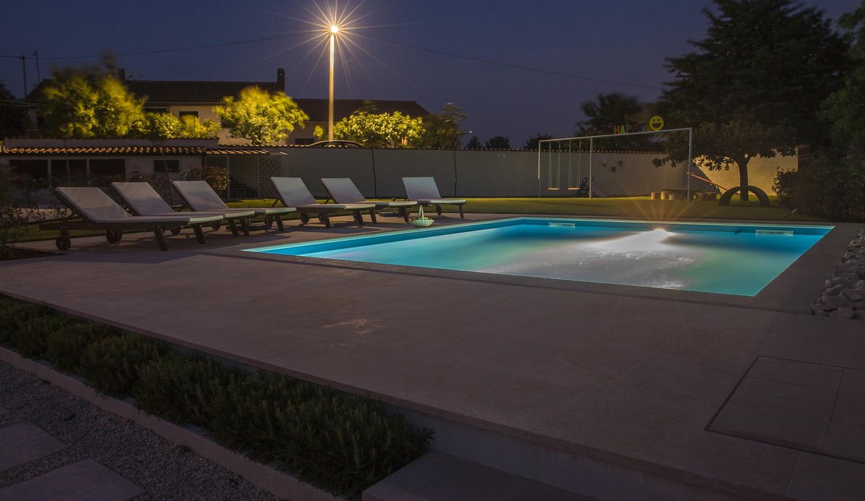villa deal outdoor 15