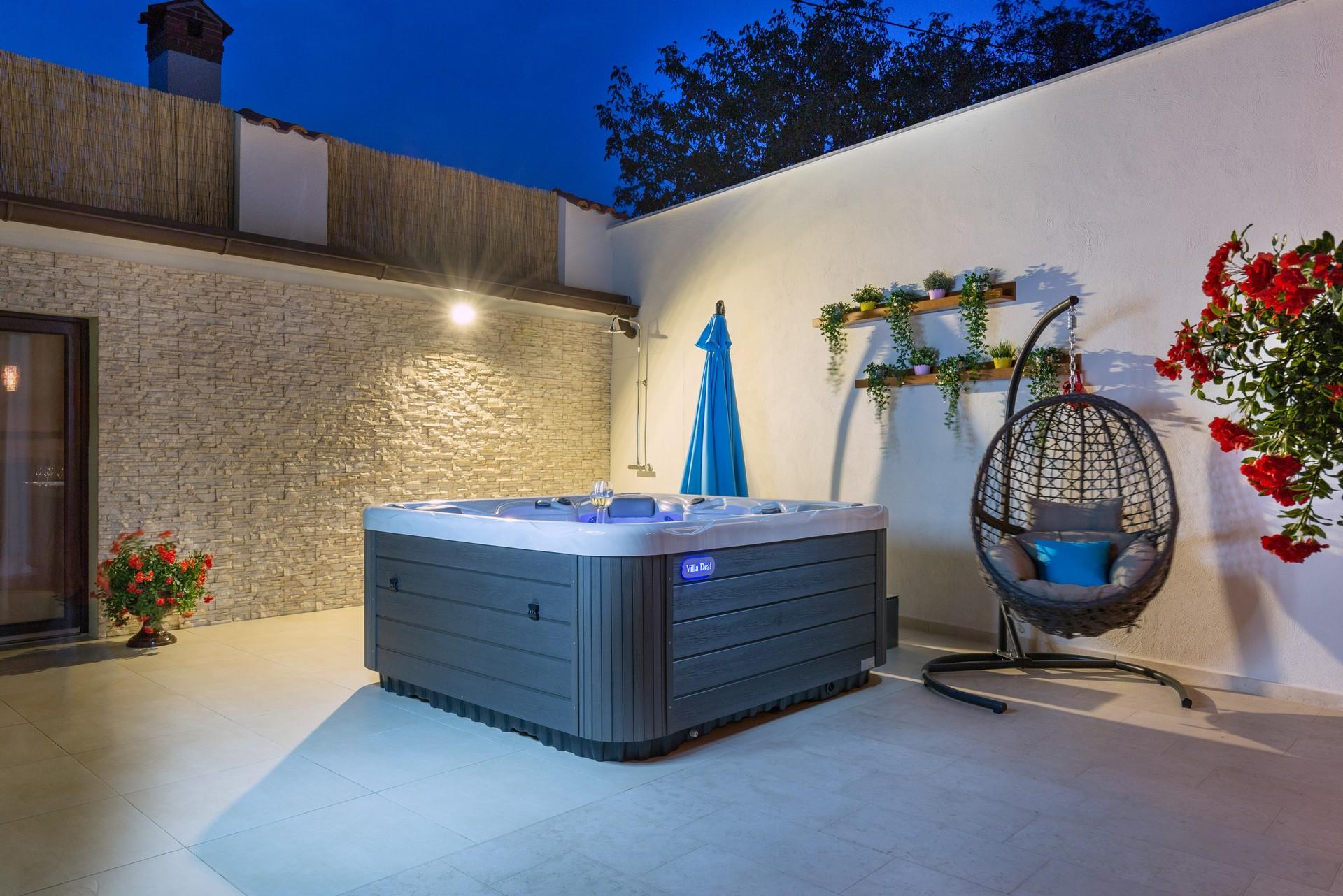 villa deal outdoors (19)