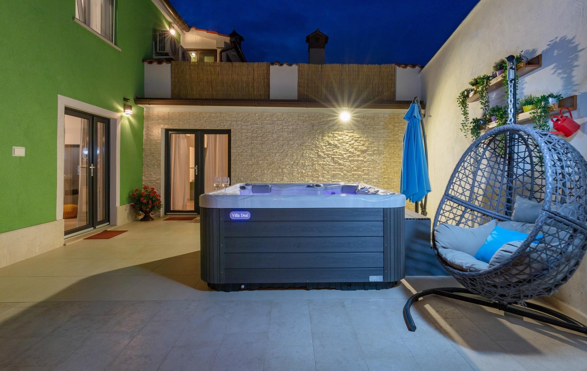 villa deal outdoors (21)